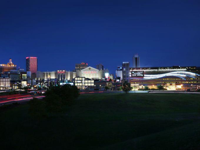Atlantic City, Atlantic City beach, skyline, Atlantic Ocean, casinos, hotel, Boardwalk, nighttime, Boardwalk Hall, colorful, dusk, night