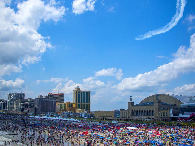 Atlantic City, Atlantic Ocean, Atlantic City beach, Boardwalk, Boardwalk Hall, Air Show, planes, daytime, crowd, swimming
