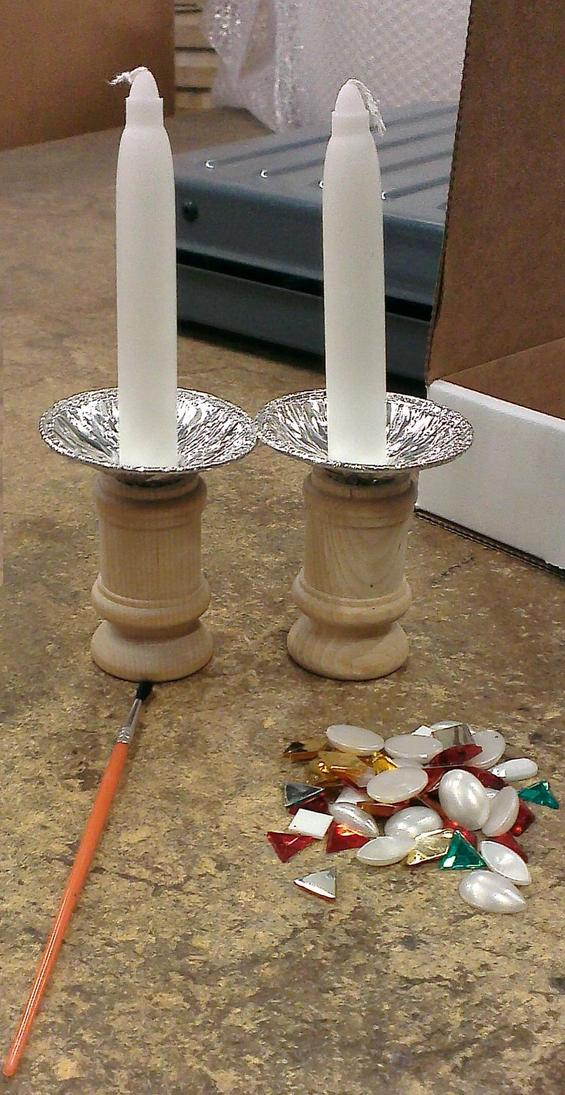 Shabbat of the Month Club: Candle Lighting