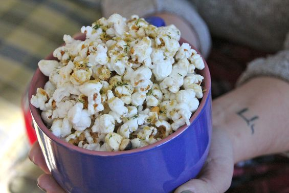 Chosen Eats: DIY Herb Popcorn