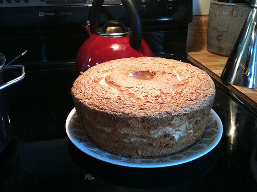 Tube_cake_large