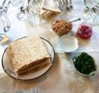 Seder_table_medium