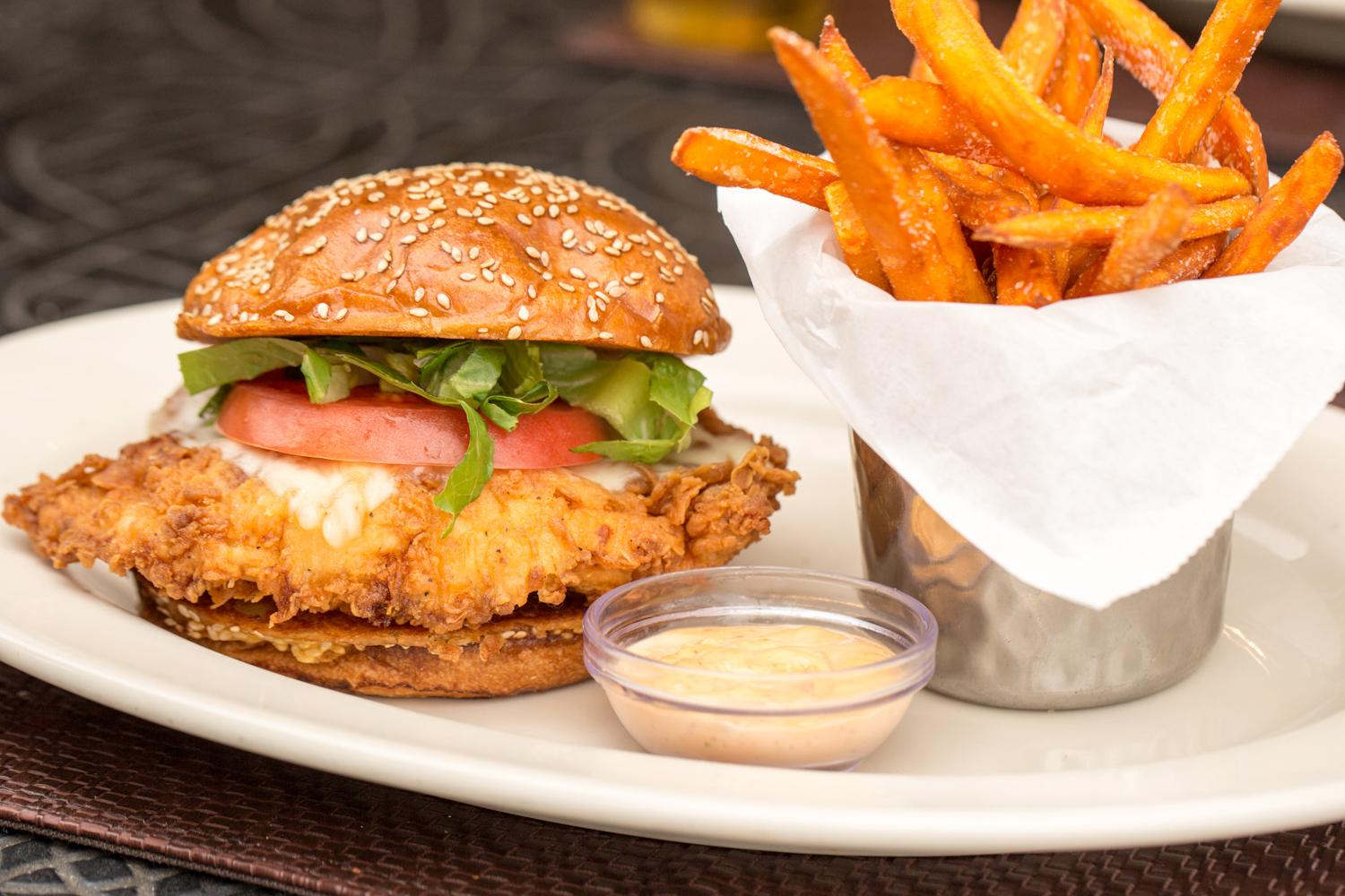 10 top chain chicken sandwiches ranked - The Cheesecake Factory 2017-11-03 18:00
