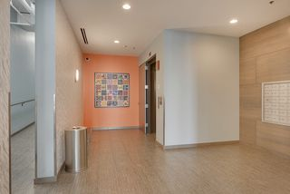 Fresh and modern foyer with elevator and stair access