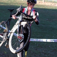 Zach McDonald navigates the barriers at the Gateway Cross Cup