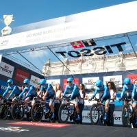 The Garmin-Sharp team gets set to race the clock