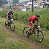 Todd Wells leads Stephen Ettinger at the 2014 WORS Cup Pro XCT race