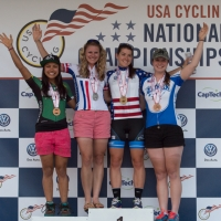 Women D-II road race podium