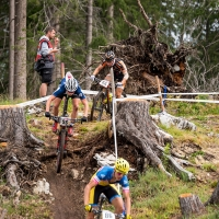 Carson Beckett takes on a technical section in the U23 race