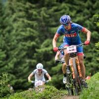 Lea Davison takes on the Lenzerheide course