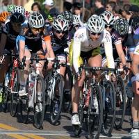 Tour de Grove women together