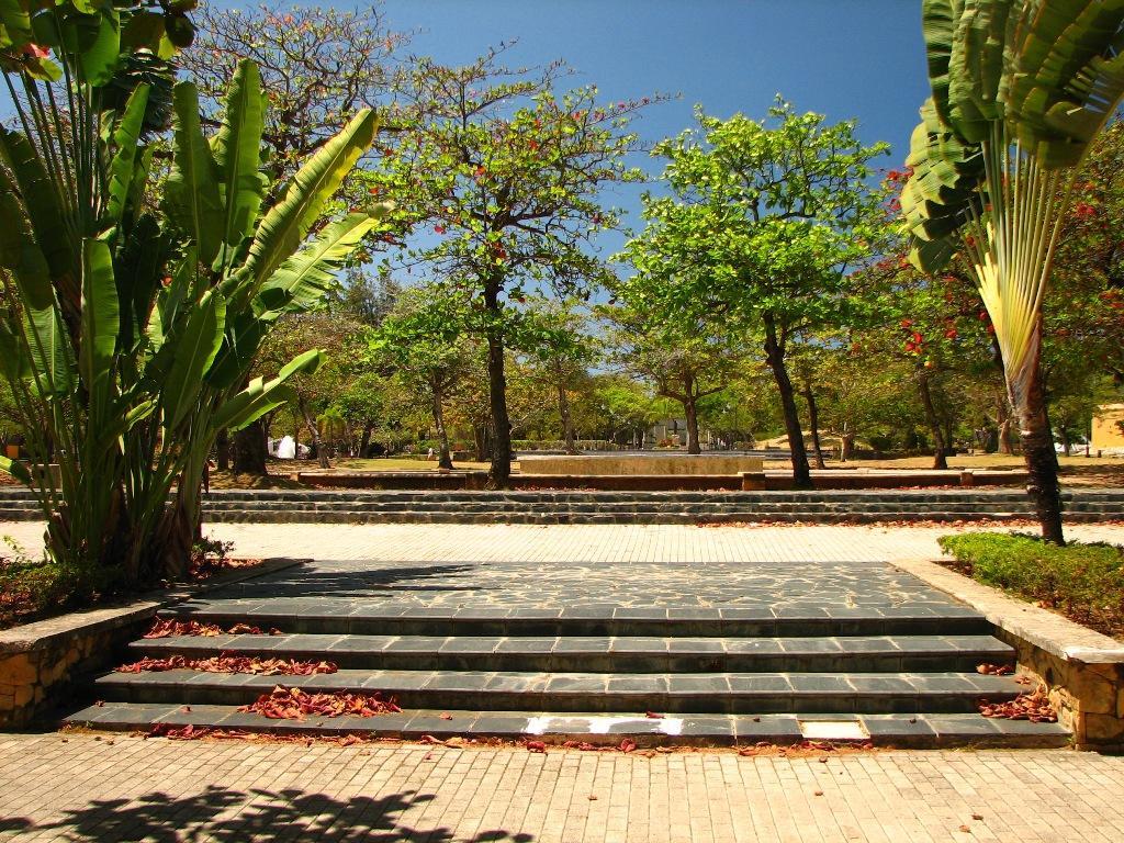 Zeepuertorico Com Luis Mu 241 Oz Rivera Park