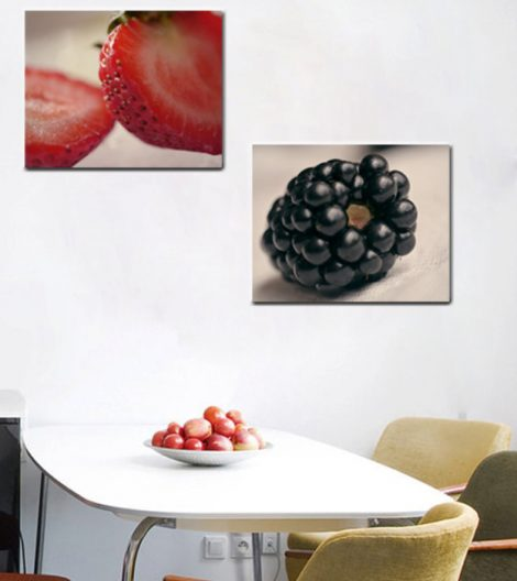 strawberrry kitchen decor