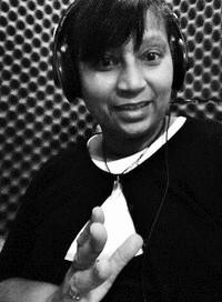 2014_stefanialintonbon_voice_artist_profile_profile