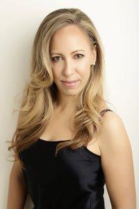 Elisa_berkeley_headshot_lowres_profile