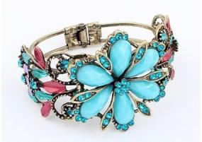Rhinestone and Turquoise Flower Bracelet