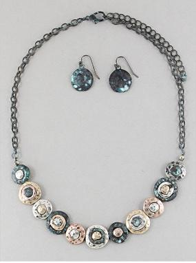 Hammered Metal Discs Necklace Set