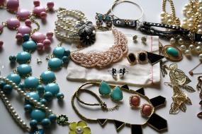 Jewerly Grab Bag-Next Day Shipping!