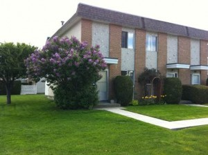 2 Story For Sale in Glenmore