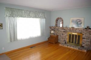2175 Aberdeen Livingroom