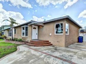 Renovated Four-Bedroom House in Lakewood Listed for $565,000