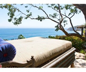 Point Dume home for sale on Cliffside Drive finally finds a buyer