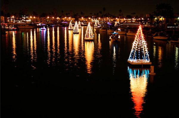 Best Christmas Light Displays in Long Beach - MBI Real Estate