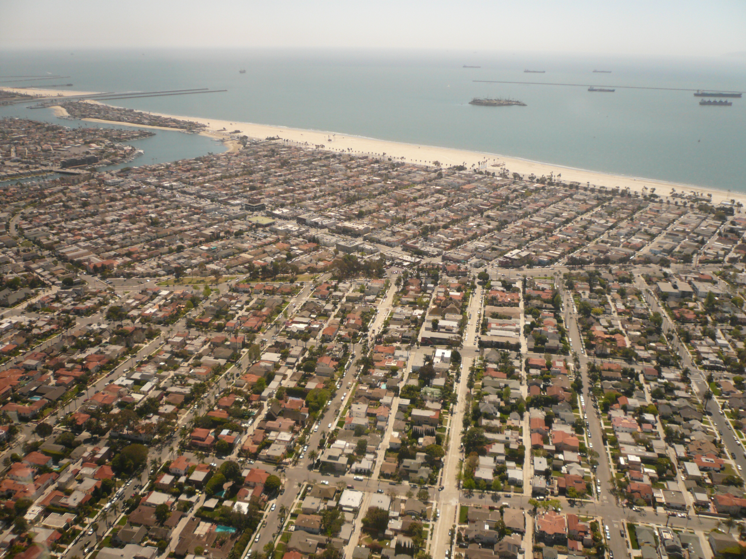 Belmont_Shore_and_Belmont_Heights_in_Long_Beach_California