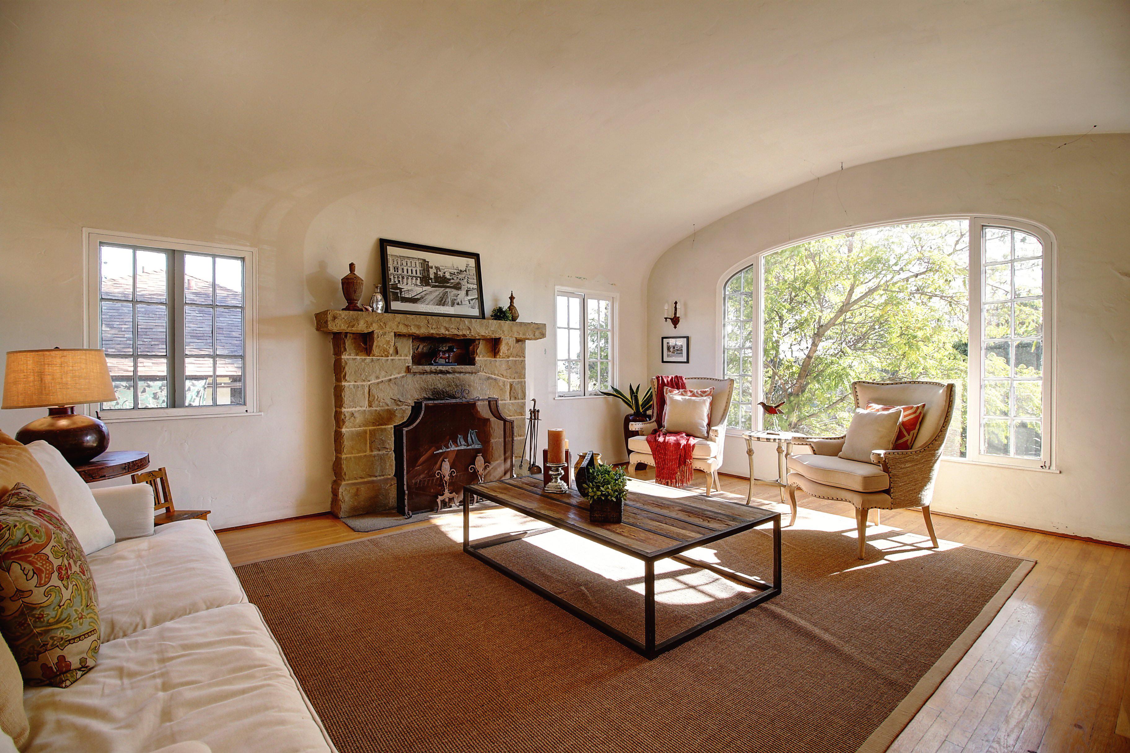 510 Casitas Road - Living Room