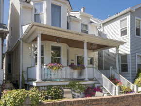 Just Sold: 3818 N Wilton, Chicago, IL 60613