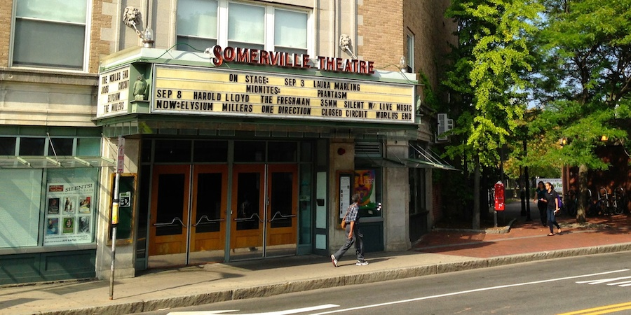 http://s3.amazonaws.com/placester-wordpress/blogs.dir/6792/files/2013/12/SomervilleTheater_900x450-125027.jpg