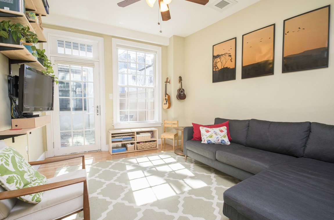 Staging to Sell - cambridgeville