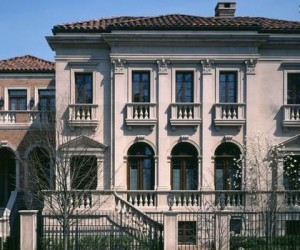Perhaps the Finest House in Chicago Now Available for $18.75 Million