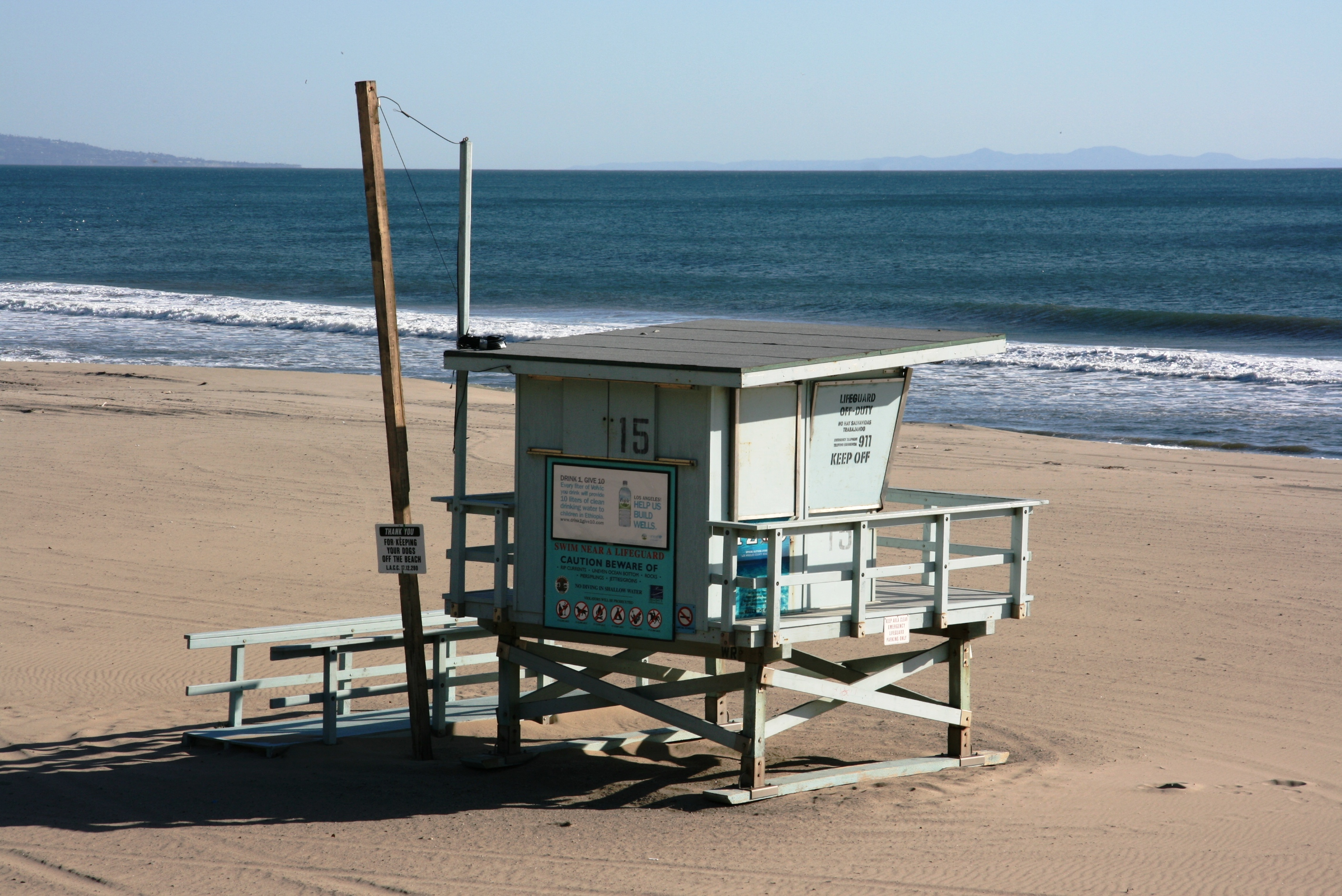 Lifeguard Tower 15 at Will Rogers State Beach