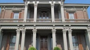 donelson-tennessee-two-rivers-mansion