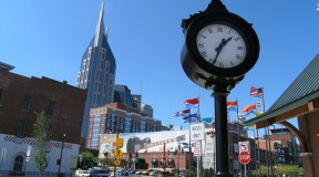 downtown-nashville-clock