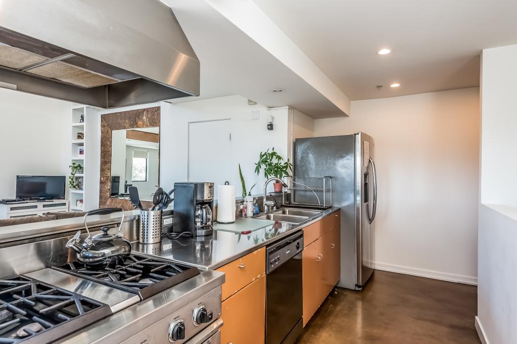 008-photo-kitchen-1950158