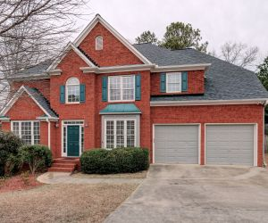 124 Willow View Lane, Canton, GA 30114 listed by Ursula and Associates