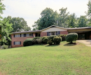 3913 Ebenezer Road, Marietta, GA 30066 listed by Ursula and Associates