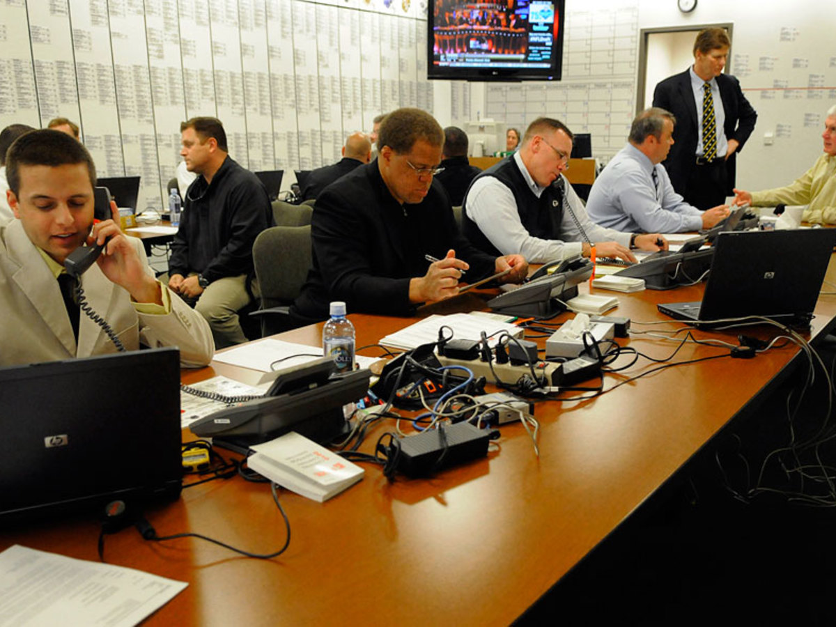 Nfl draft war room