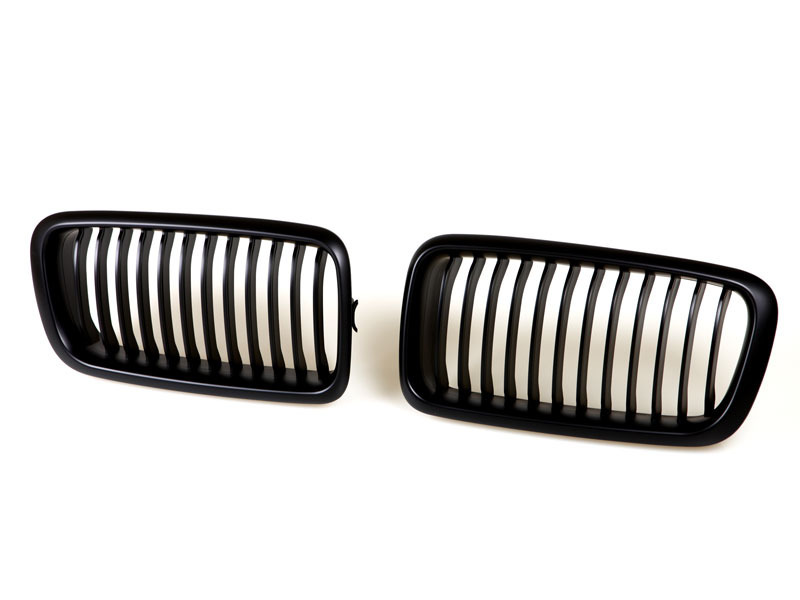 95-02 BMW E38 735/740/750 BLACK FRONT HOOD GRILL GRILLE