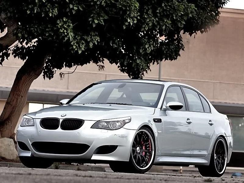 2004 - 2010 BMW E60 E61 5 Series Real Carbon Fiber Front Grille M5