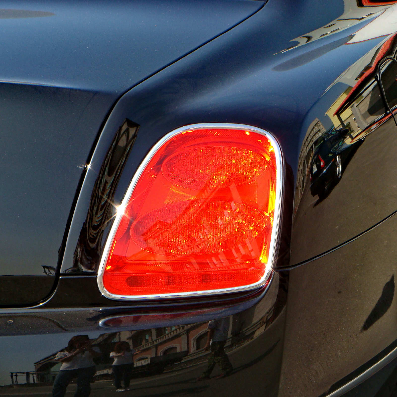 Tail Light Lamp Bezel Cover Chrome Trim For Bentley Continental Flying Spur 4D