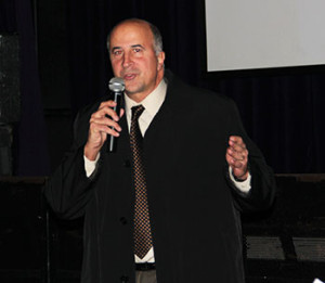 1st district city councilman, Mark Squilla, congratulated the Headhouse district community on its accomplishments over the past year.