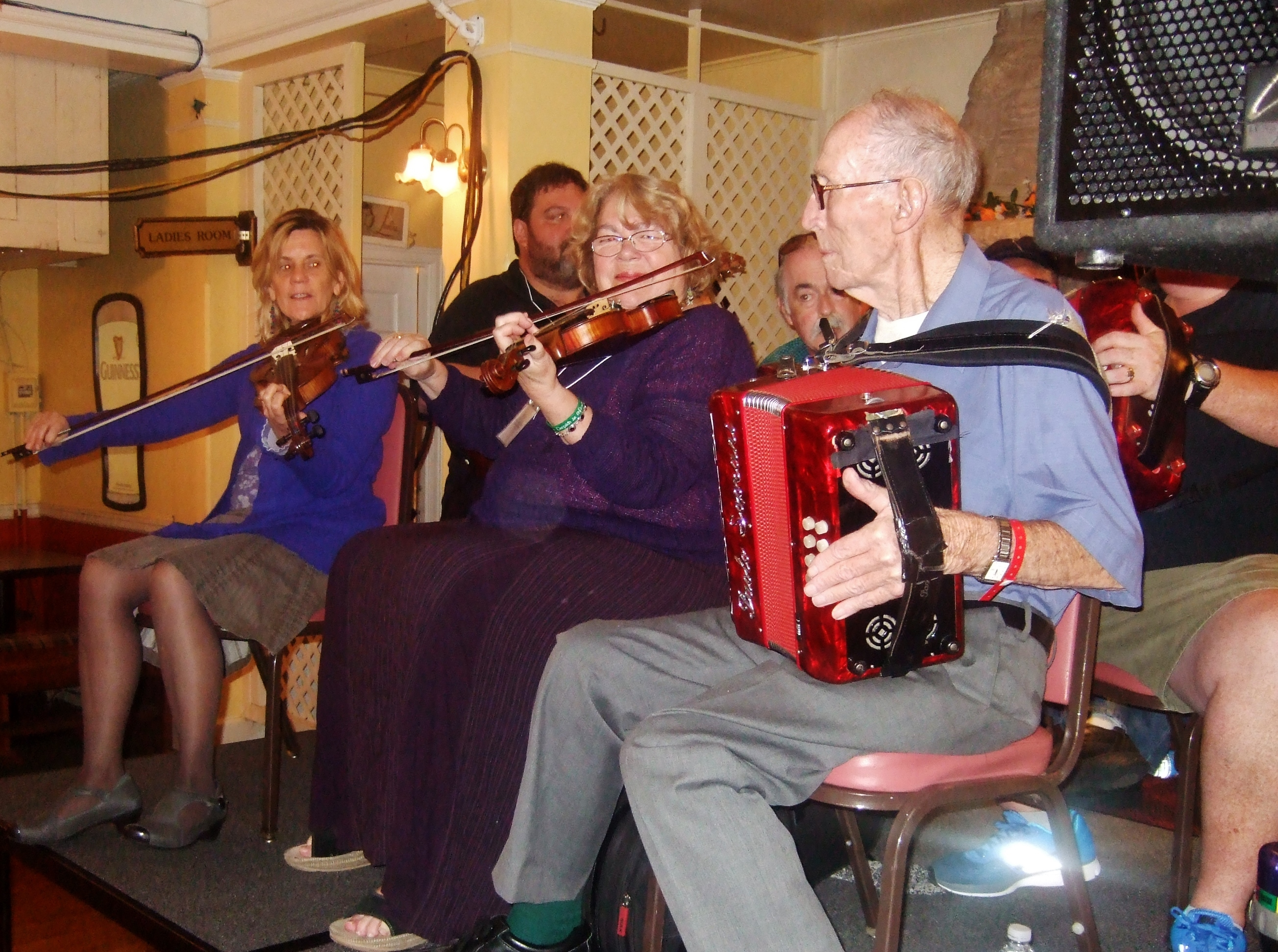 The Philadelphia Ceili Group musicians played a memorial Session in honor of John Kelly.