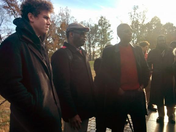 Wharton and VUB students at the Vietnam War Memorial.