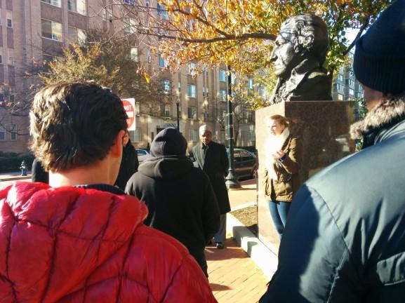 Michnowski toured the George Washington University campus with his Wharton classmates and the VUB students.