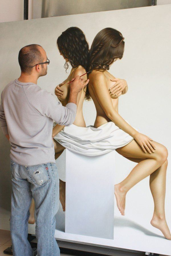realistic paintings by Omar Ortiz