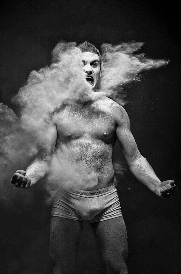 anton-surkov-black-and-white-powder-photography-1