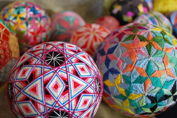 grandmother-embroidered-temari-balls-japan-5